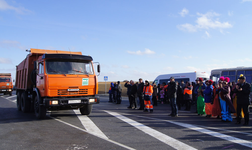 """AWT-Dorstroi"" Ltd. and OJSC ""Volgomost"" commissioned the 1st  phase of construction of the road A-153 ""Astrakhan - Makhachkala"" in the area Liman - the border of the Republic of Kalmykia"