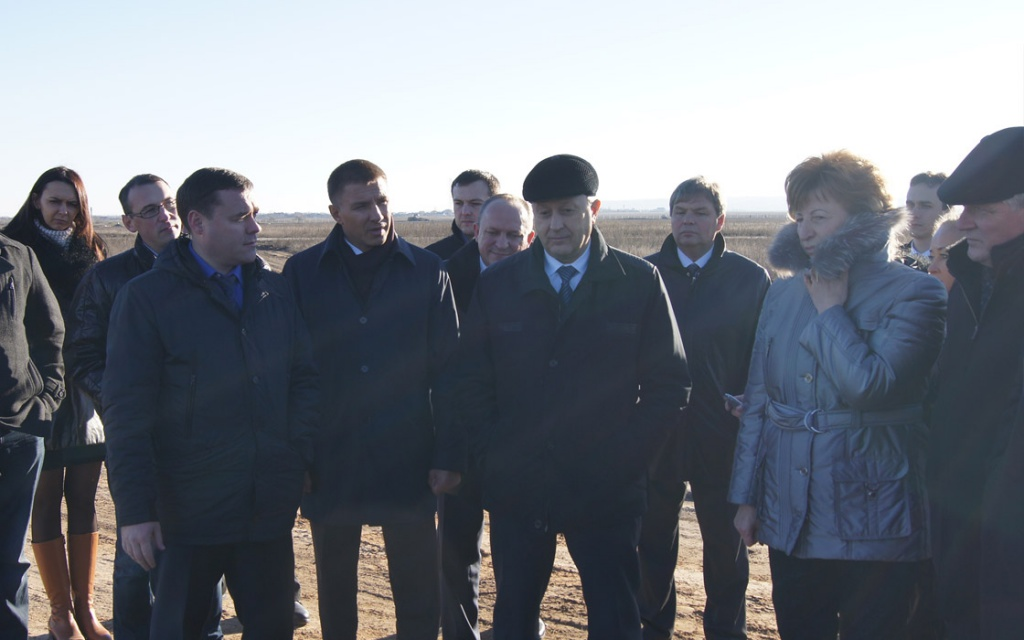 "The Governor of Saratov Region and the Regional Duma faction leaders visited the construction site of ""Volgomost"""