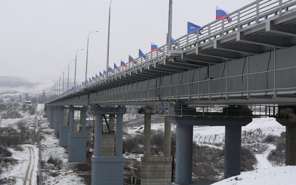 The bridge overpass through the Kuban river into the Republic of Karachaevo-Cherkesskoy on the A-155 motorway of Cherkessk-Dombay to the border of the Republic of Georgia, I start-up facility
